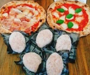 送料無料 | 冷凍 | イベリコ豚とおいも豚の64ハンバーグ5個と 人気都農ピザ2枚セット